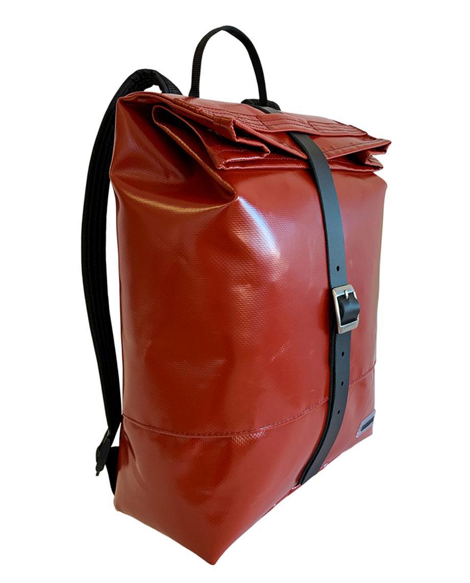 0__=__youtube___Limited Edition Liv backpack inside video___https://www.youtube.com/embed/0LR6IW6Afp8___0LR6IW6Afp8